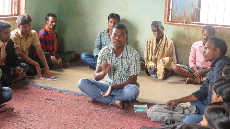 Manjhi at a village meeting