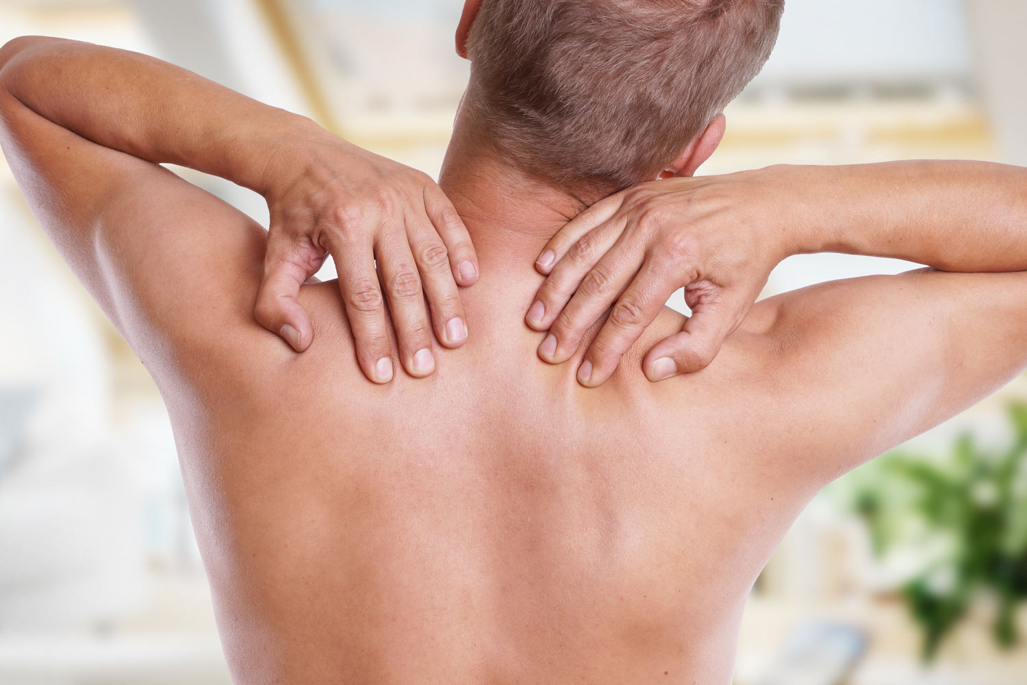 "<a href=""/back-and-neck""><strong>BACK & NECK PAIN</strong><a>"