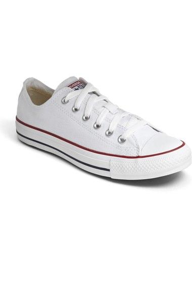 Chuck Taylor Low Top Sneaker