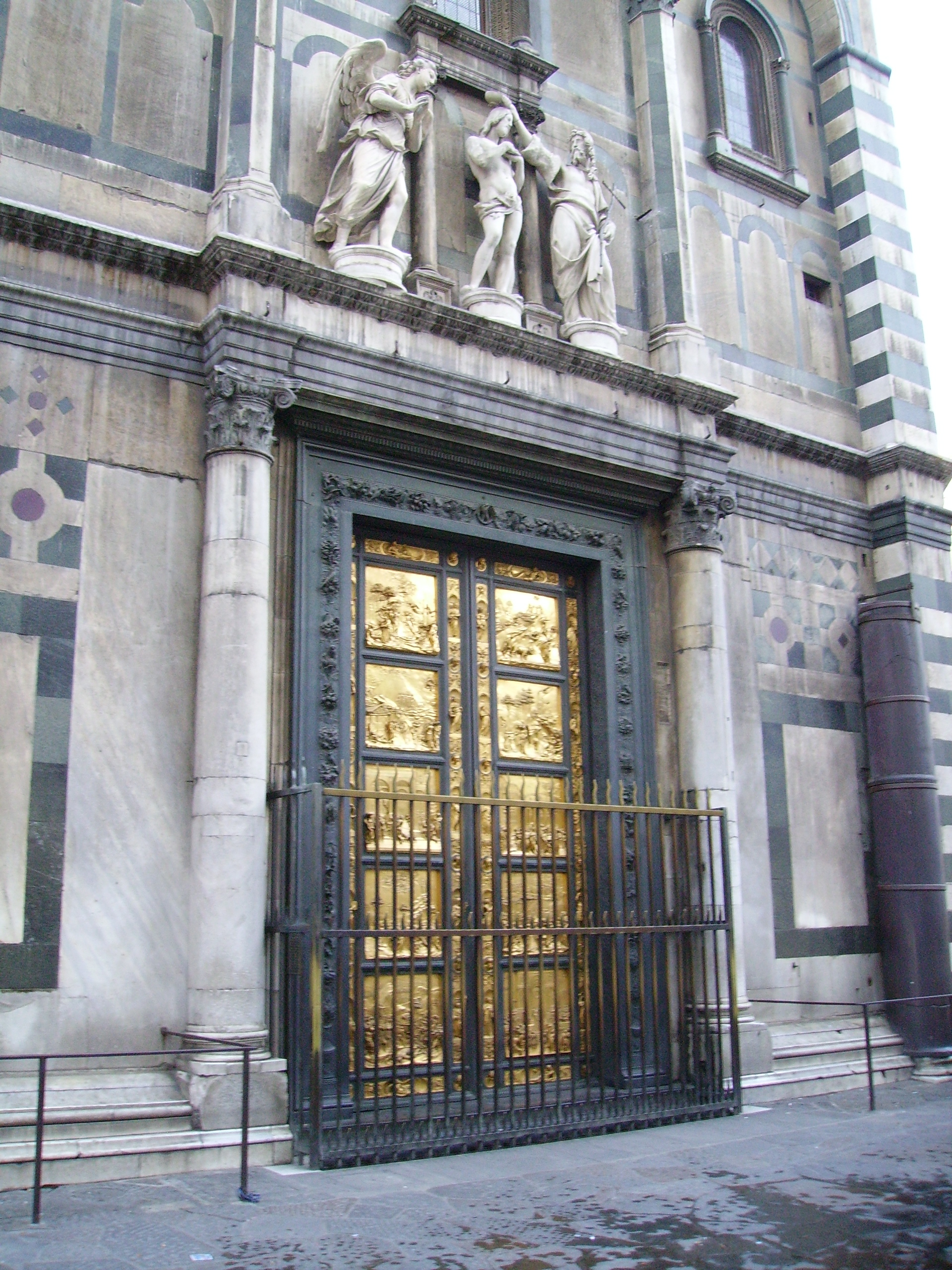 Lorenzo_Ghiberti_-The_Gates_of_Paradise-Florence.jpg