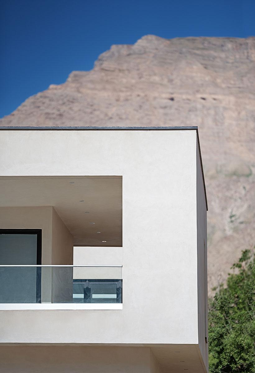 Villa wall_KavStudio (12).jpg