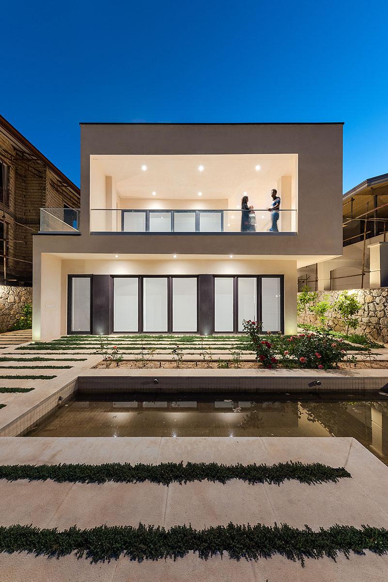 Villa wall_KavStudio (7).jpg