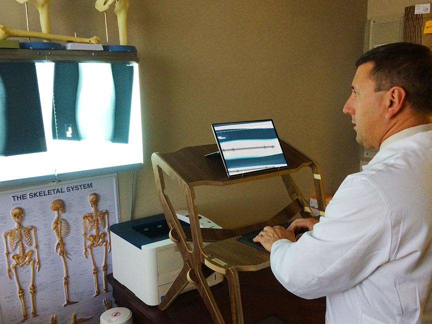 standing-desk-medical3.jpg