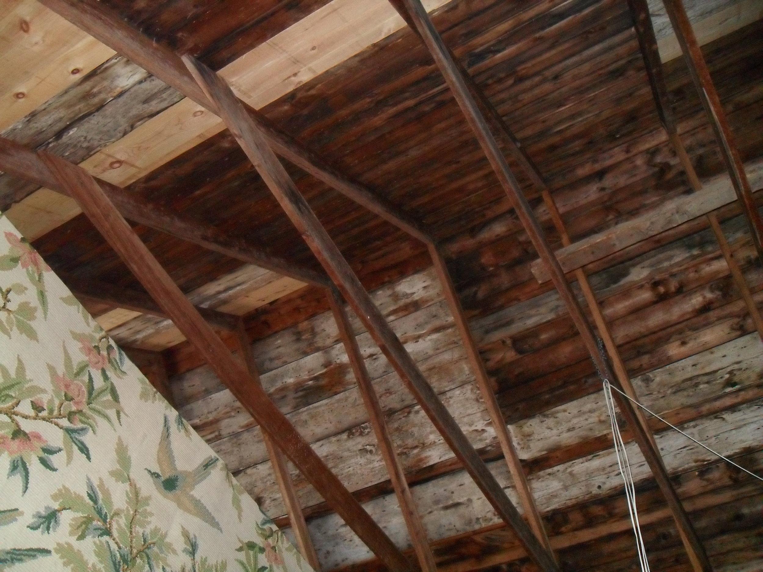 gable rafters 2.JPG