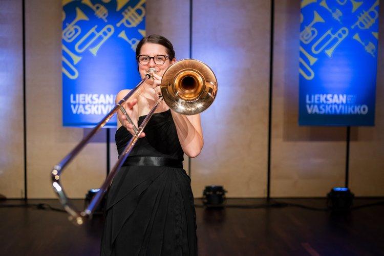 Trombone Artists — S E  Shires Company