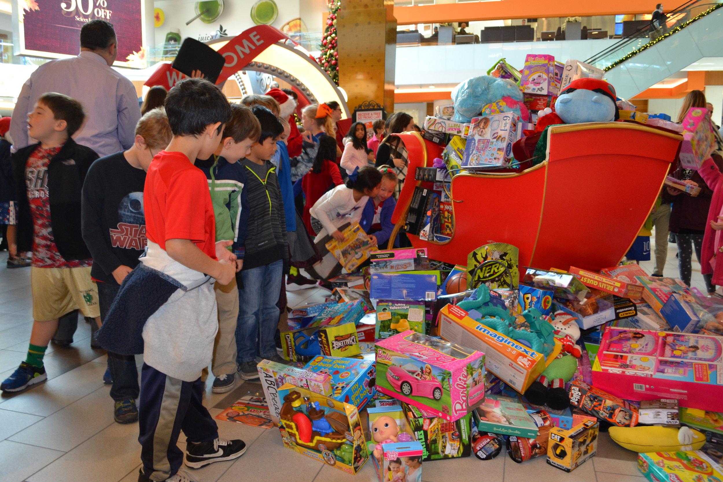BCCA Toys for Tots 636.JPG
