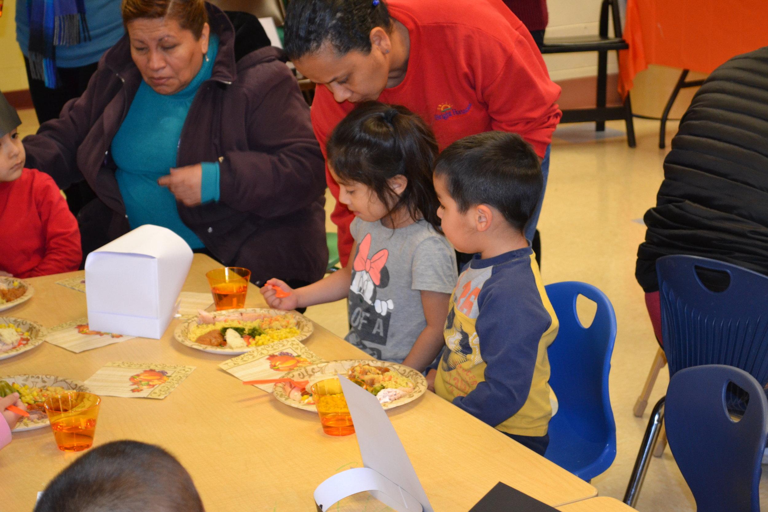 Thanksgiving Lunch 2016 027.JPG