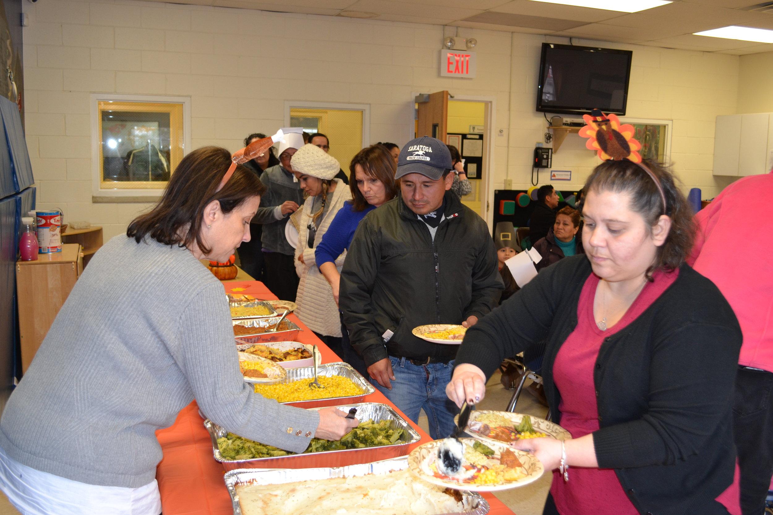 Thanksgiving Lunch 2016 020.JPG