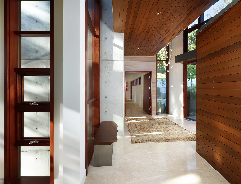 Interior_Hall_DOWNSIZED.jpg