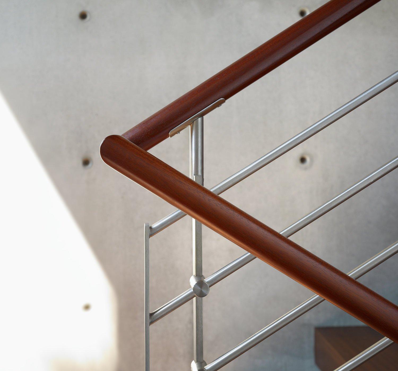 Detail_Stair_Rail_DOWNSAVE.jpg