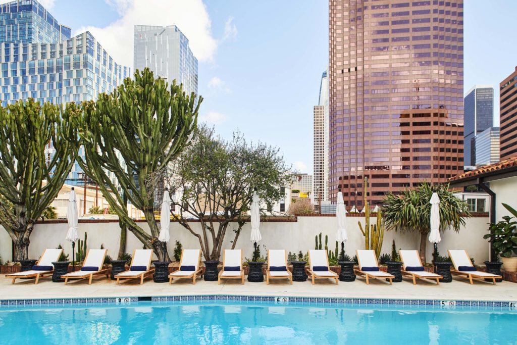 Hotel_Figueroa_IconicPool-1024x683.jpg
