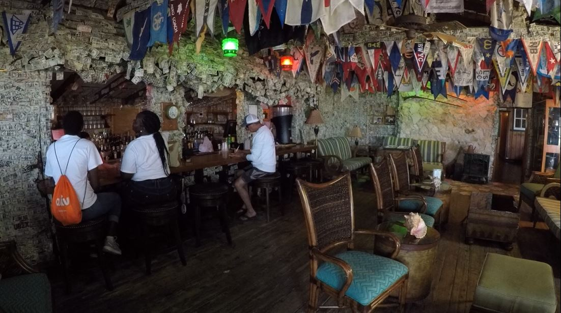 Green Turtle Cay Club Pub