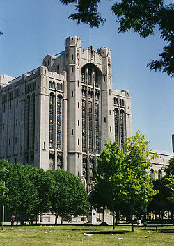 250px-Detroit_Masonic_Temple_-_Detroit_Michigan.jpg