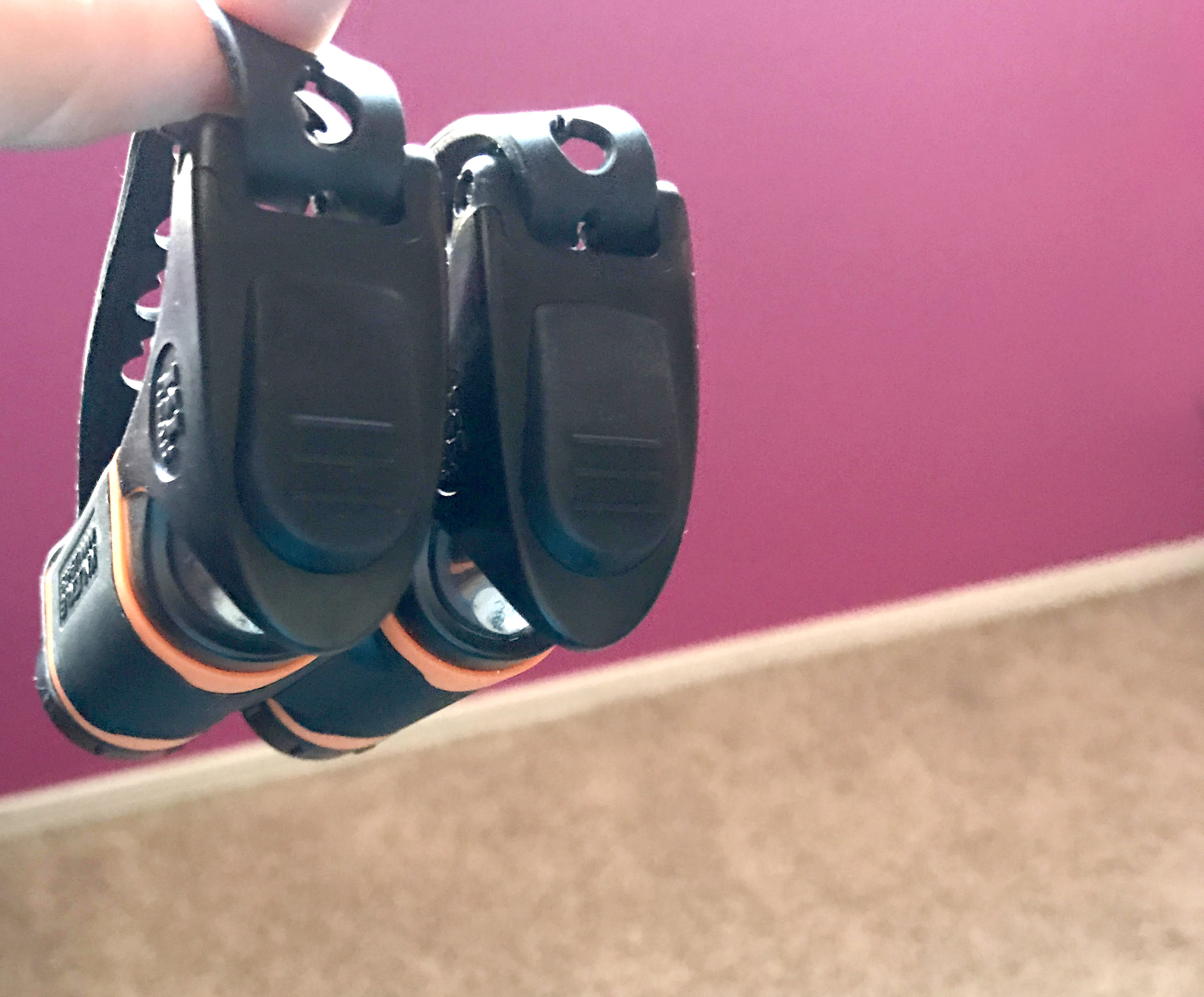 Another cool feature? These bad boys are MAGNETIC!!! You can't lose them, because they stick together! Just like me and my running shoes, these knuckle lights are inseparable. Brilliance. Genius. Amazeballs!