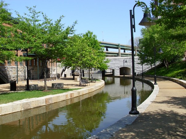Beautiful, historic canal walk in Richmond's Shockoe Slip, just 5 mins from the Richmond House. Stretching 11/4 miles along the James River canal and Haxall canals, the canal walk has access points at nearly every block between 5th and 17th Streets. Go to www.rvariverfront.com for cruises and activities on the James River.