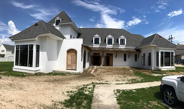 Progress at our Bocage Estates Project! @kennethbrowndesign @mikesullivanarch #GSC #gulfstatesconstruction #BatonRouge #customhomes #design #instagood #instadaily #bestoftheday #picoftheday #construction #details #newconstruction