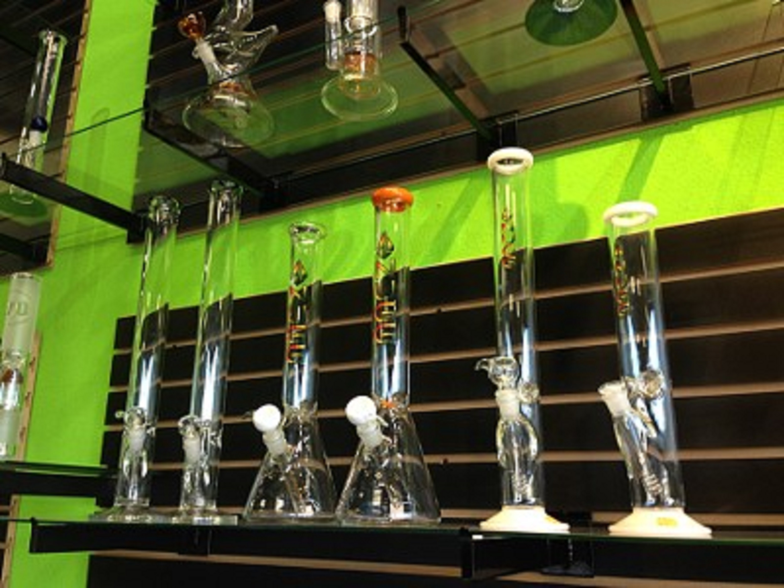 We have the largest supply of glass, pipes and bongs in Arizona.
