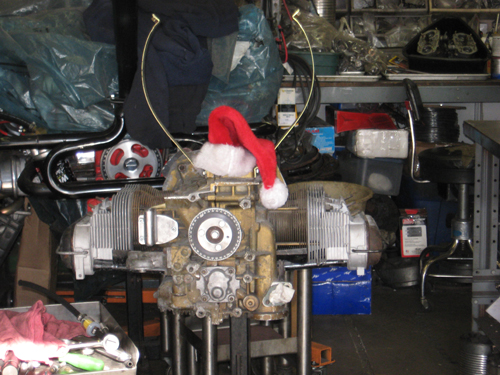 Derek brought over this 1700cc type 4 long block he had kicking around his garage to see if we could put it to some use for him. It was December. It looked like a reindeer. At least, late one night, it did to me...did I mention it was really late?