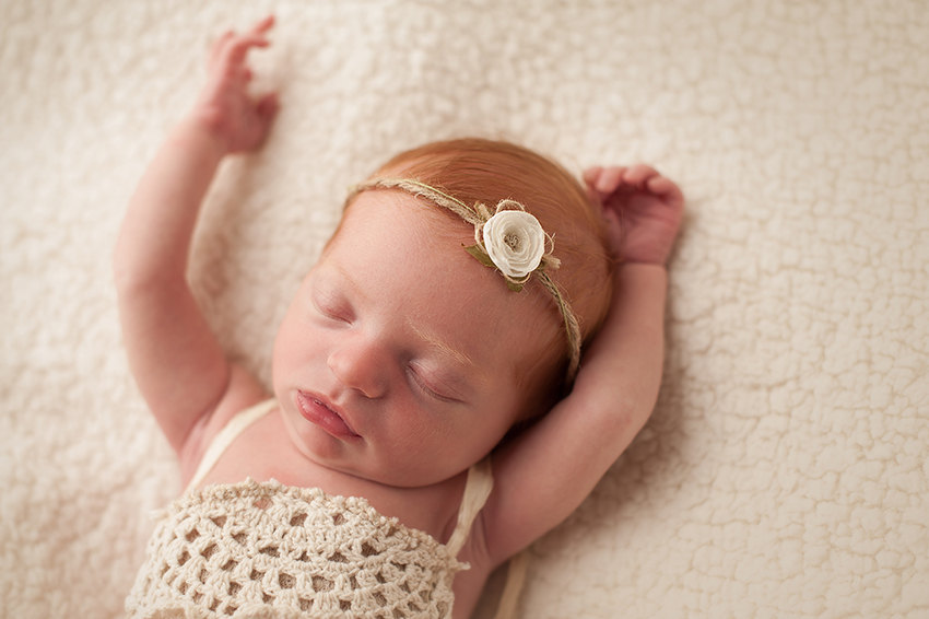 newborn-photography-columbus-ohio-bare-baby.jpg