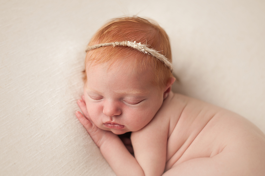 powell-ohio-baby-photographer-bare-baby.jpg