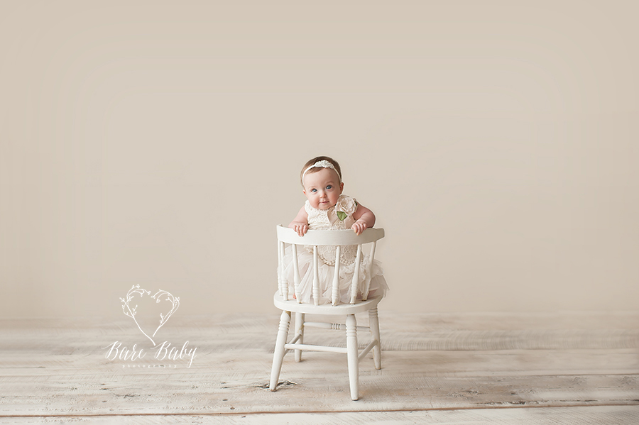 new-albany-baby-photographer-bare-baby.jpg