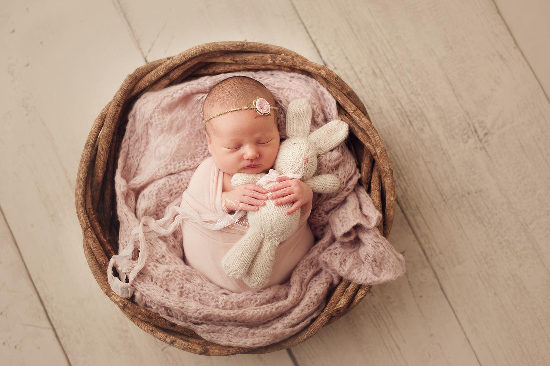 newborn-photographer.jpg