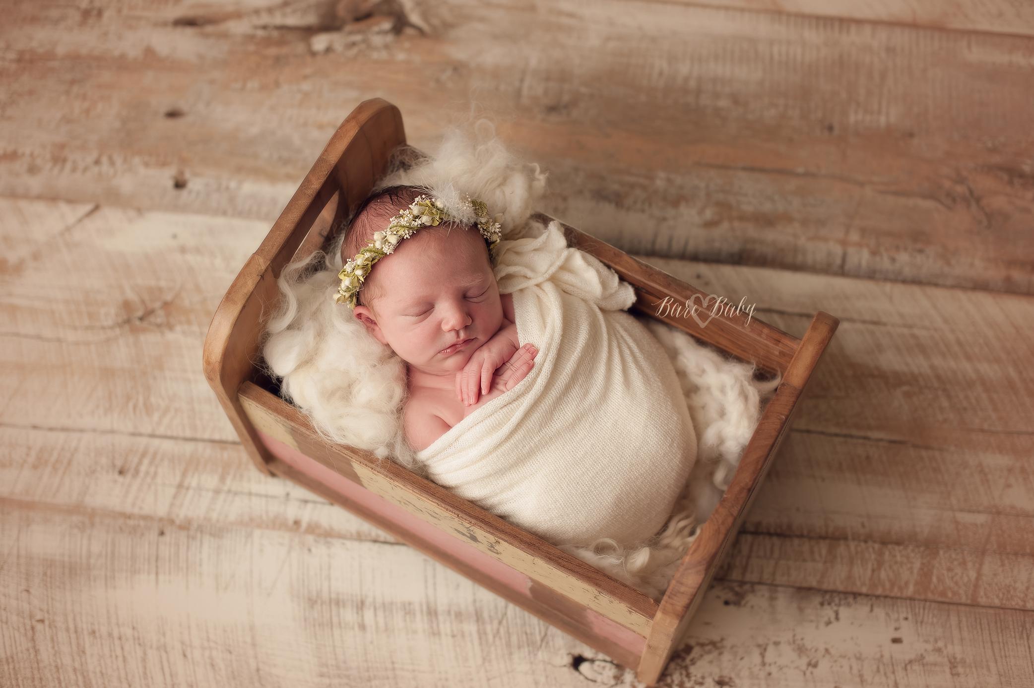 deleware-oh-newborn-photographer.jpg