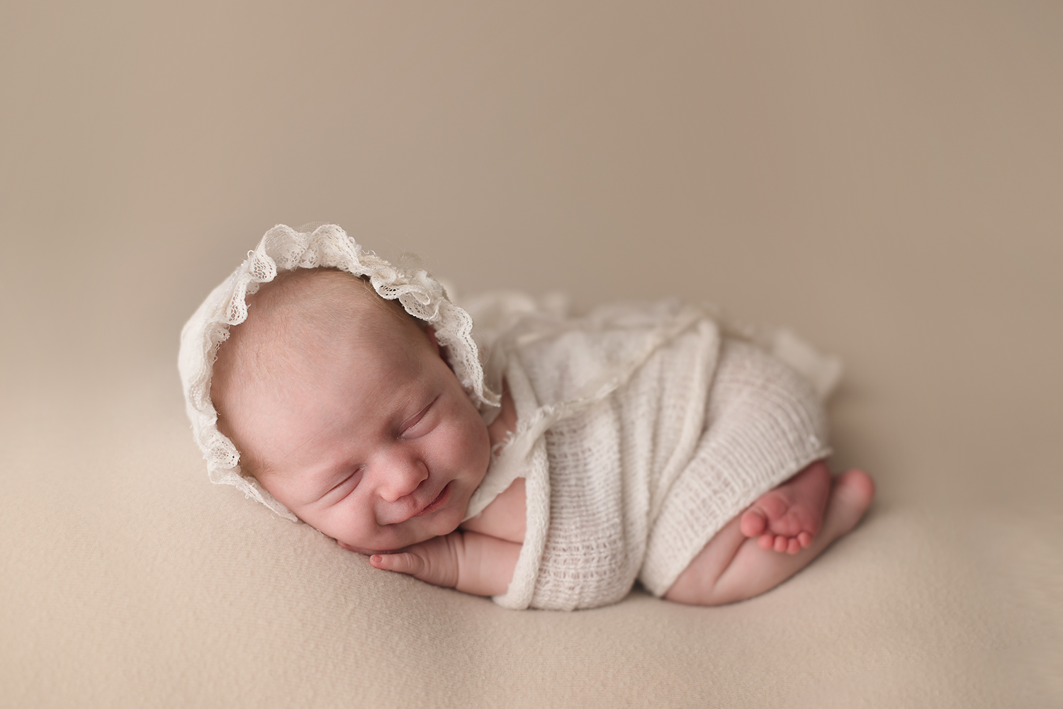 infant-photographers-bare-baby-photography.png