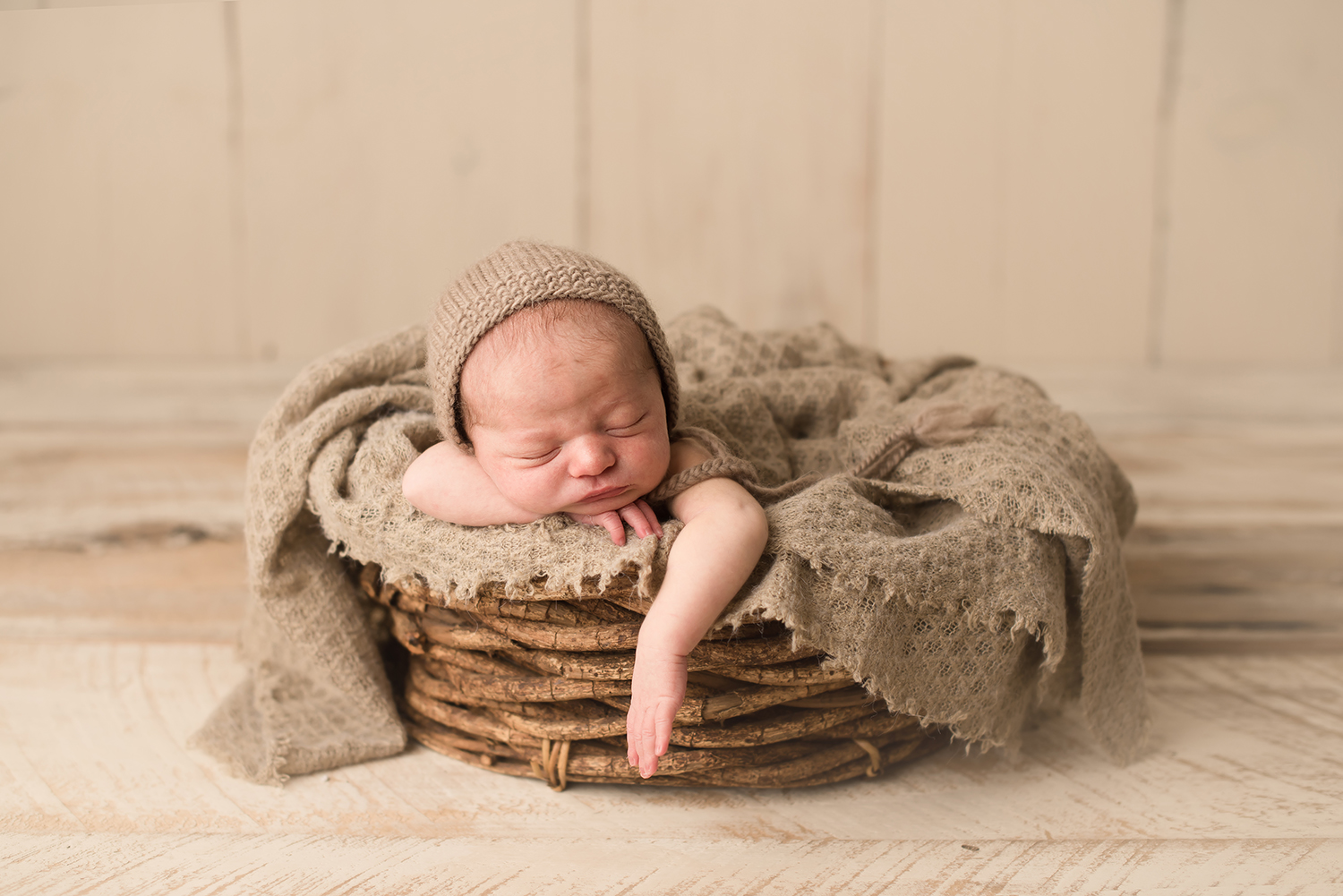 columbus-ohio-newborn-photographer-bare-baby-photography.jpg