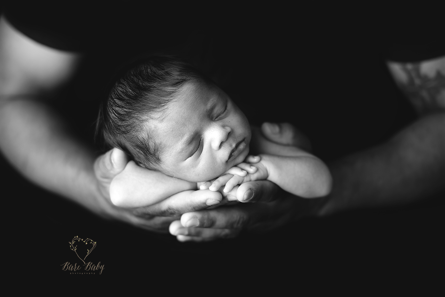 beautiful-newborn-photos-barebabyphotography.jpg