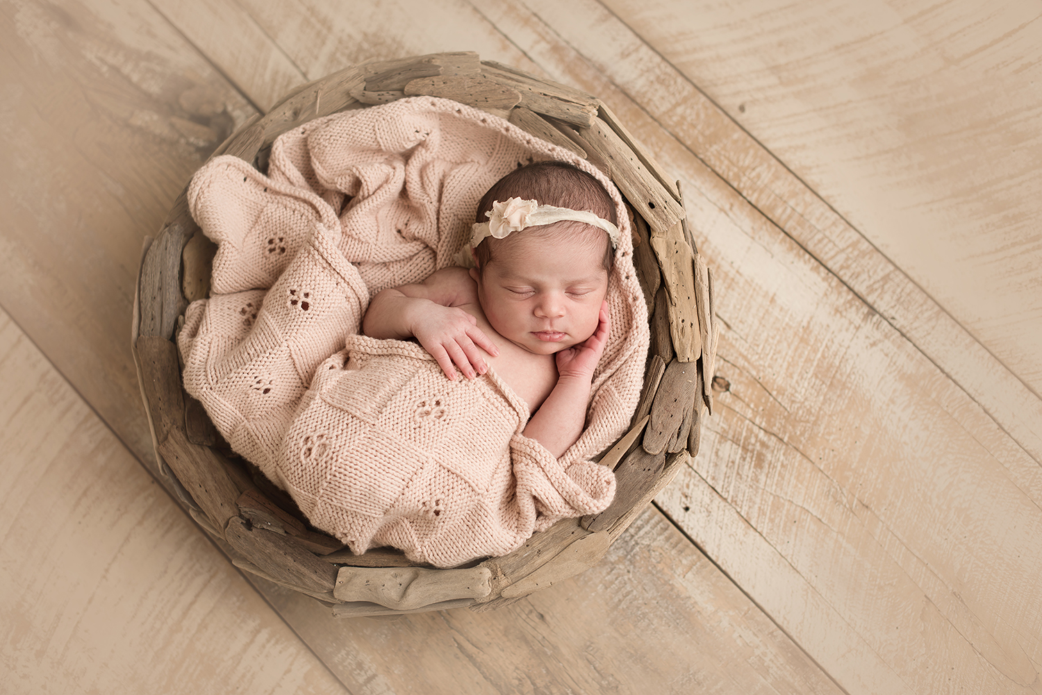 bexley-ohio-newborn-photographer-barebabyphotography.jpg
