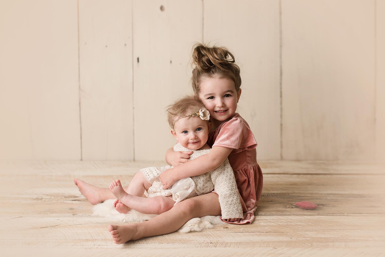 top-10-newborn-photographers-columbus-ohio-bare-baby-photography.jpg