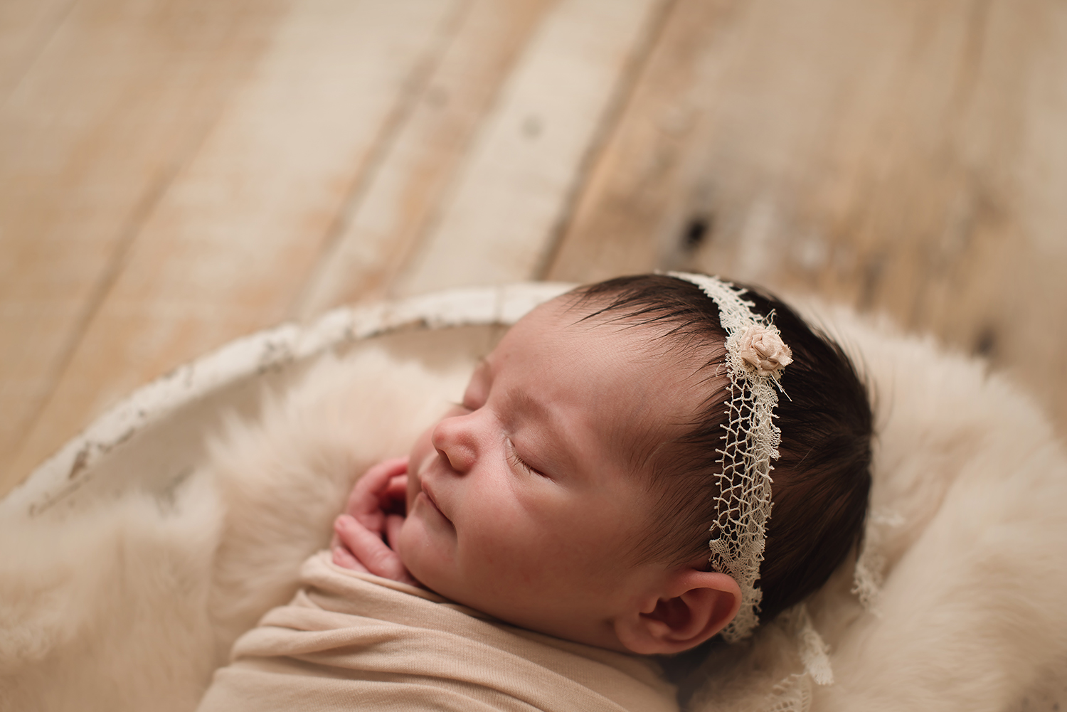 baby-photographer-columbus-ohio-barebabyphotography.jpg