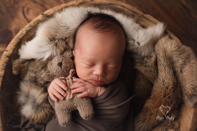 newborn-baby-photographer-columbusohio-barebabyphotography.jpg