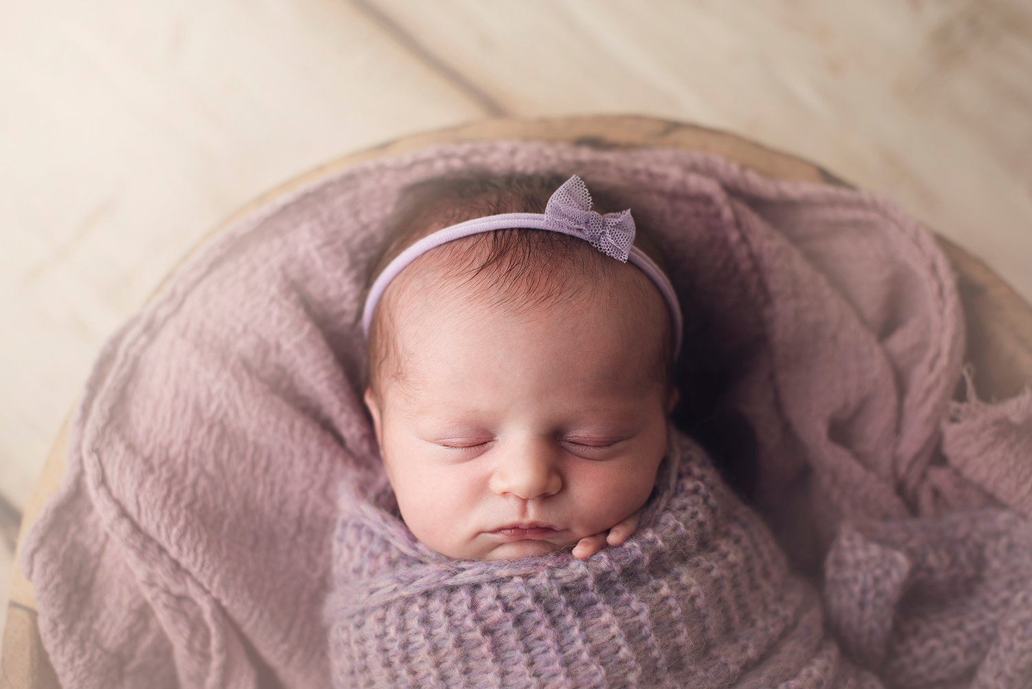 columbus-ohio-newborn-photographer-barebabyphotography.jpg