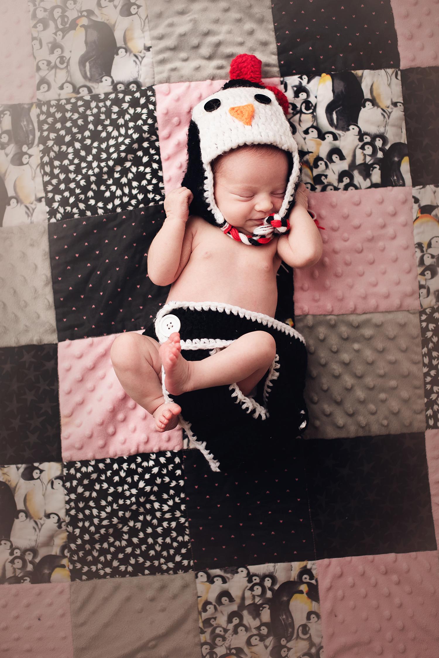 westerville-ohio-baby-photographer-barebabyphotography.jpg