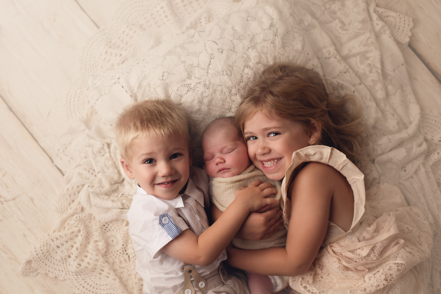 adorable-sibling-child-photography.jpg
