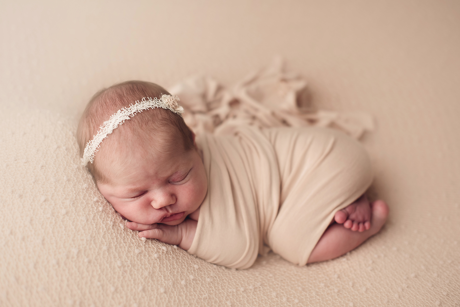 columbus-ohio-newborn-photography-studio.jpg