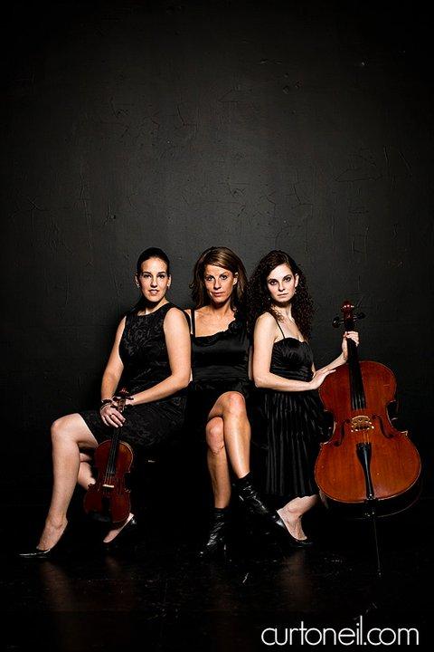Tres Chic Trio