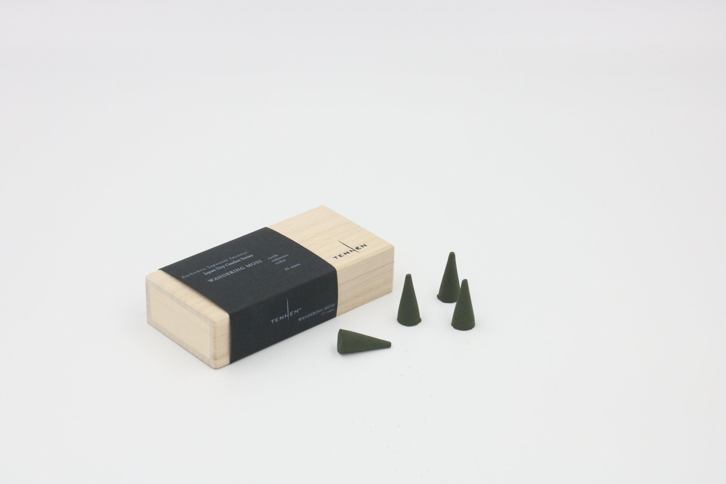 Japan Dry Garden Series  WANDERING MOSS   earth, oak moss, cedar   cone box of 21