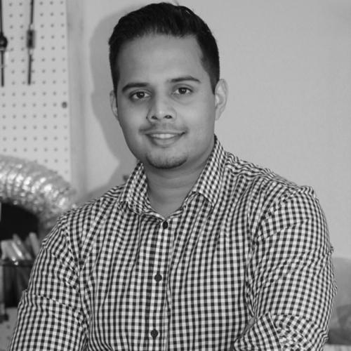 SHIV SHUKLA   FOUNDER & CEO CHAIRMAN, BOARD OF DIRECTORS