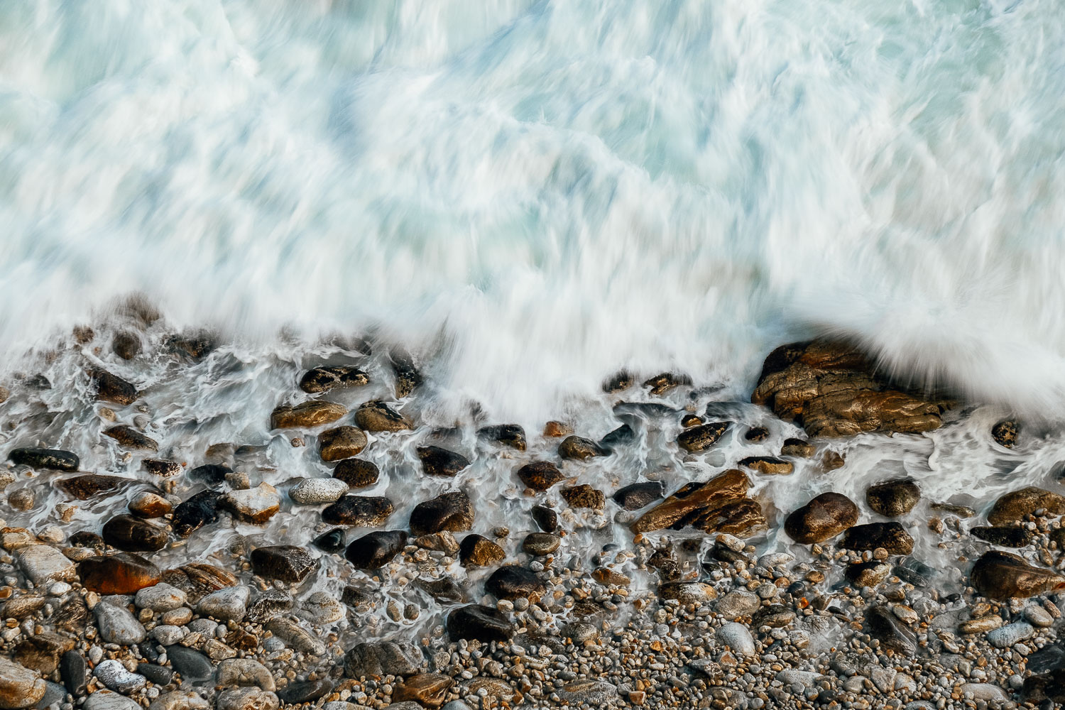 crashing-waves-east-sea-Edit.jpg