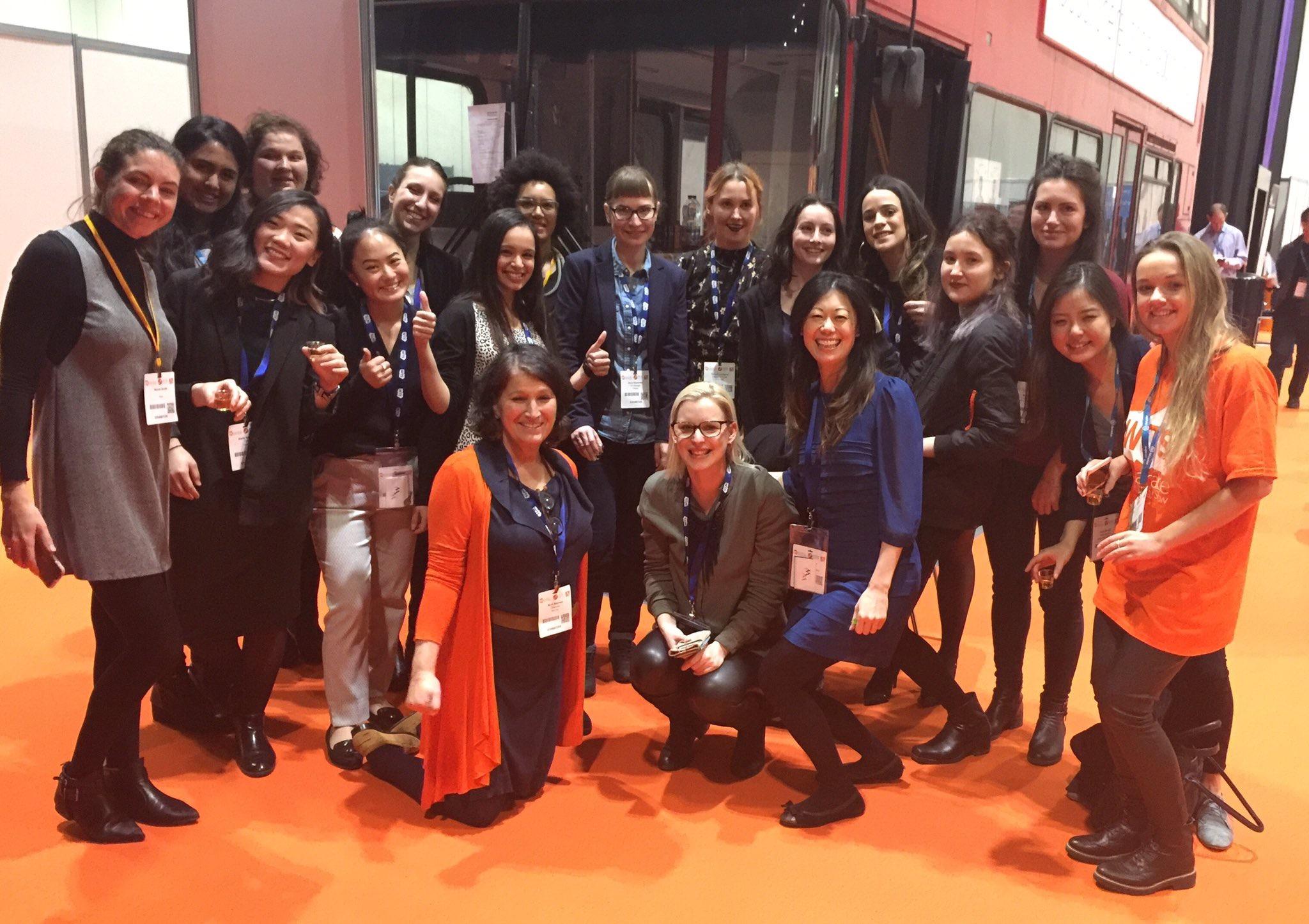WoW women at Wearable Tech Show 2017