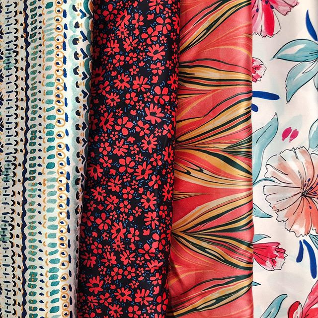 New prints in the collection for September! 🌻🔛 #new #collection #prints #patterns #printdesign #nicoleferraristudio #endofsummer #september #fashion #trends #textiles #textiledesign #handrawn #painted #rapport #repeat