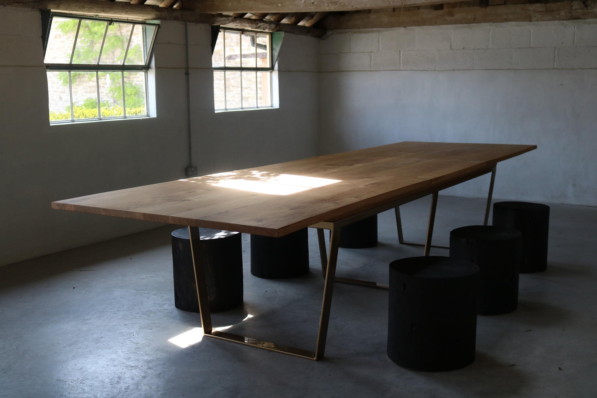 extending dining table.jpg