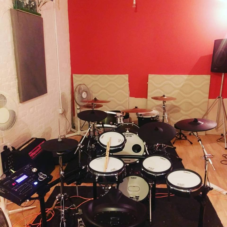 TD30K and small Humm Drums teaching kit