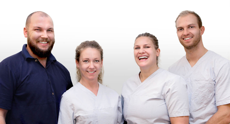 Doktorgaarden-Naprat-og-massasje-ansatte-cropped.jpg