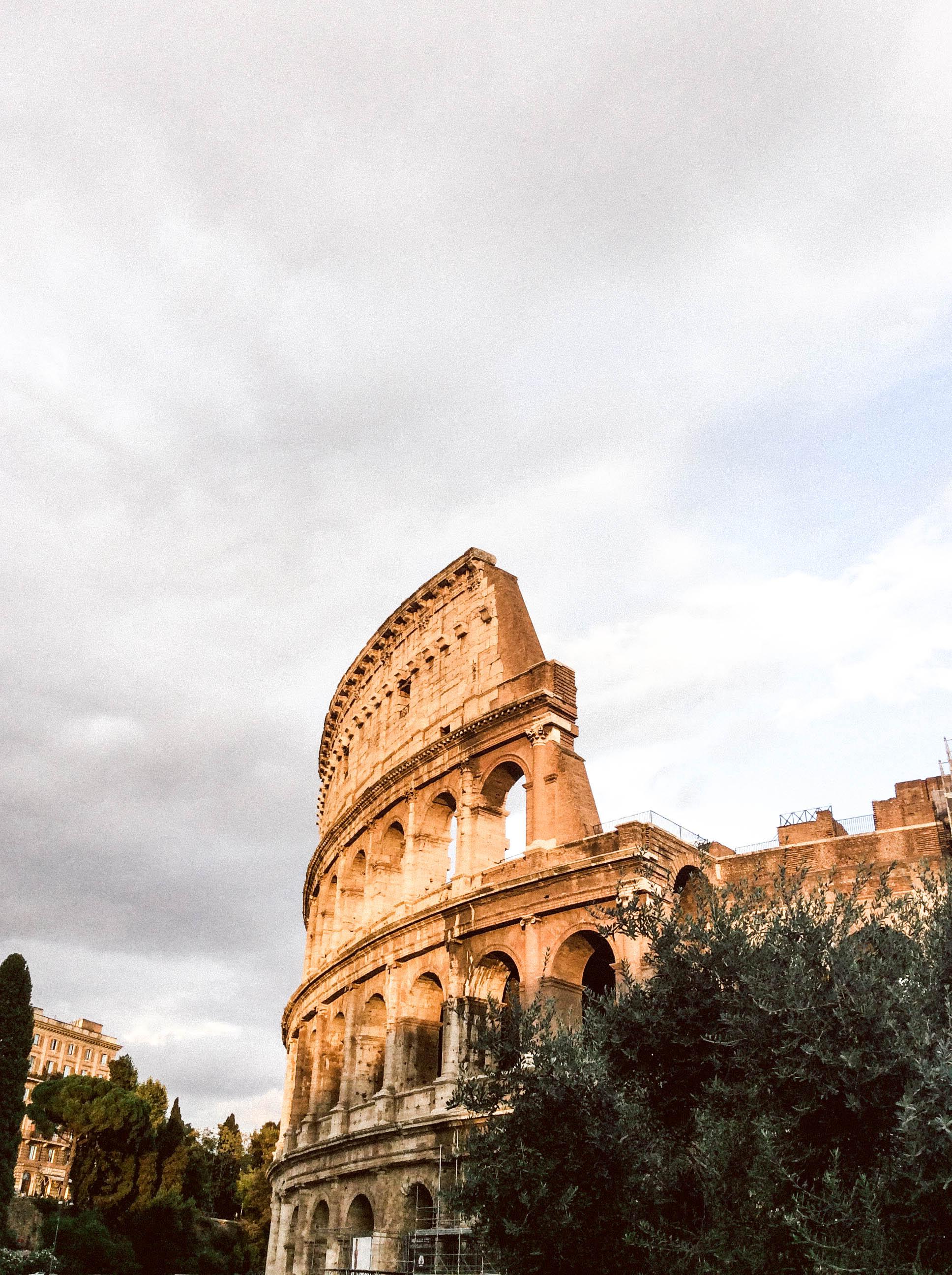 Lesly Lotha - Colosseum 1