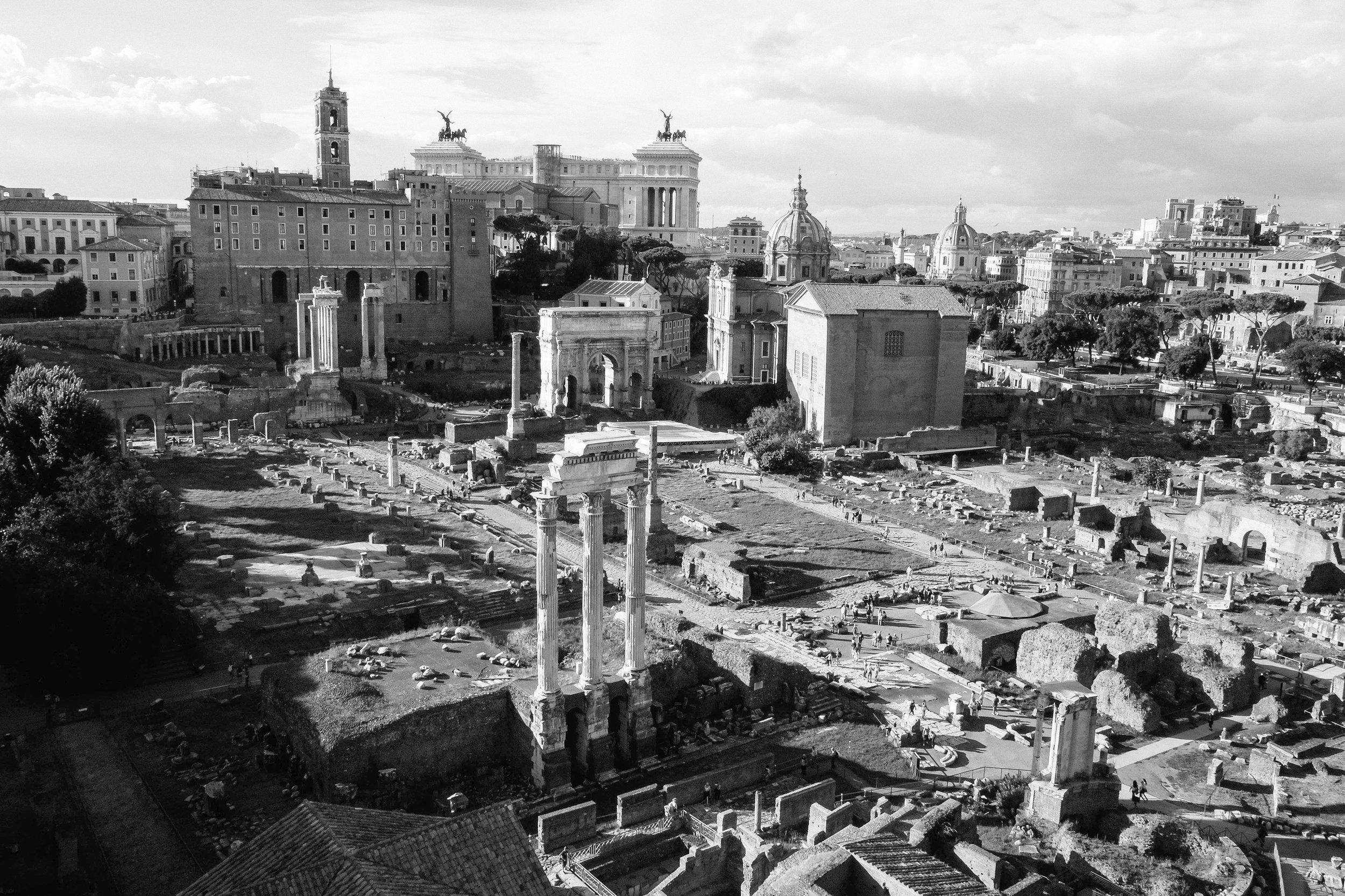 Lesly Lotha - Roman Forum 1