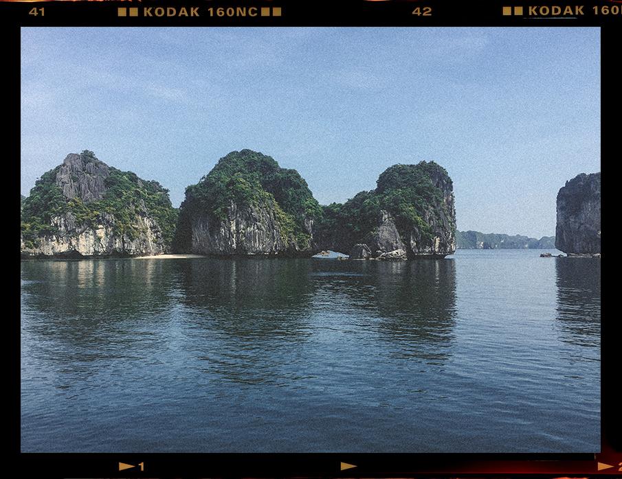 Lesly Lotha_Ha Long Bay_Vietnam 02_2017.jpg